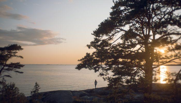 Onthaasten aan een Finse meer