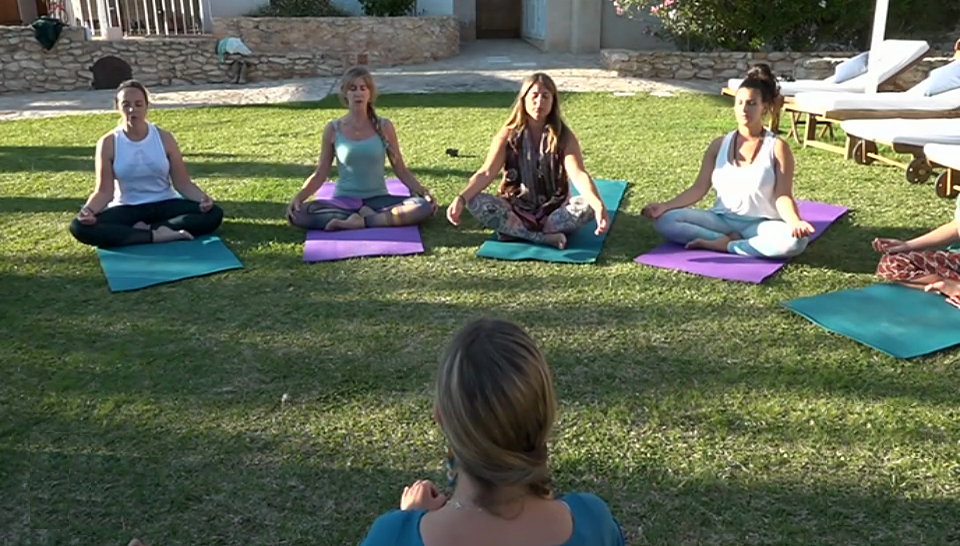 Yogales op Ibiza