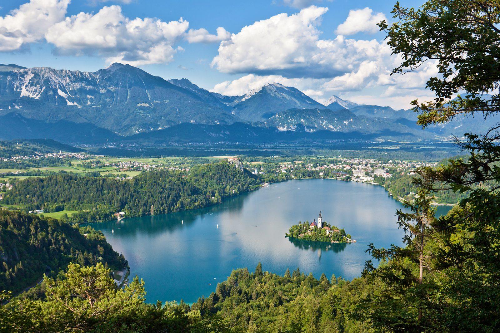 Het meer van Bled - een van top attracties in Slovenië