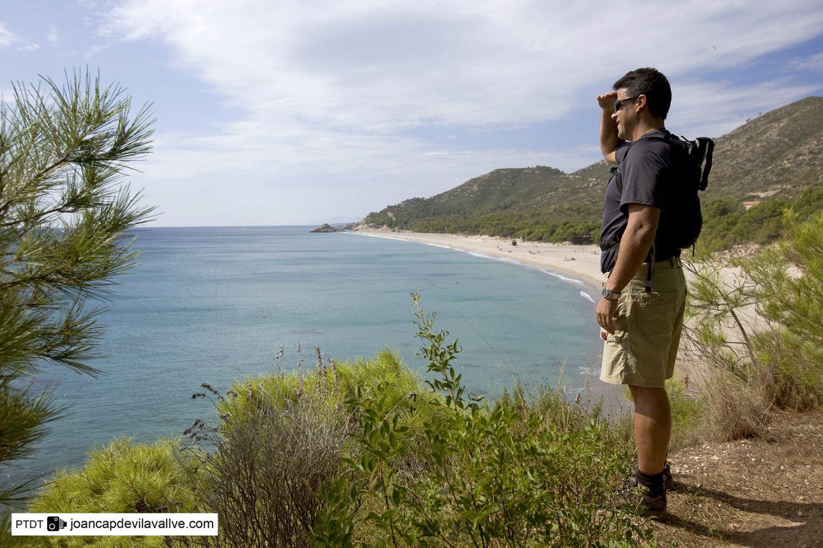 wandelen langs de kust van Costa Dorada