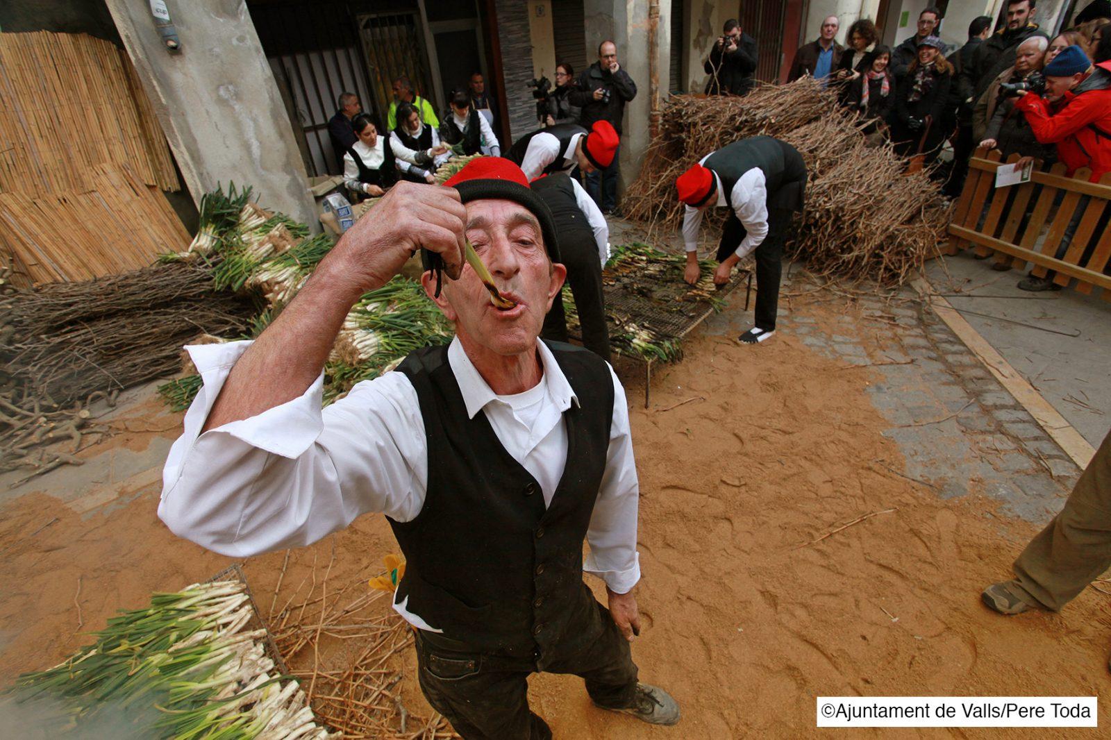 Calçotada - een jaarlijks eetfestijn in Costa Dorada